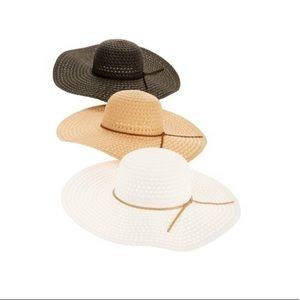 Women's straw floppy hat